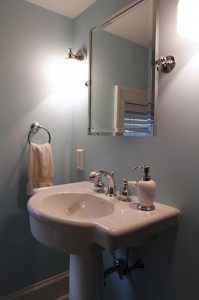 Newly remodeled bathroom with zero problems